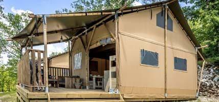 Lodgetent met badkamer - Luxe kamperen op een glamping - www.luxetenthuren.nl