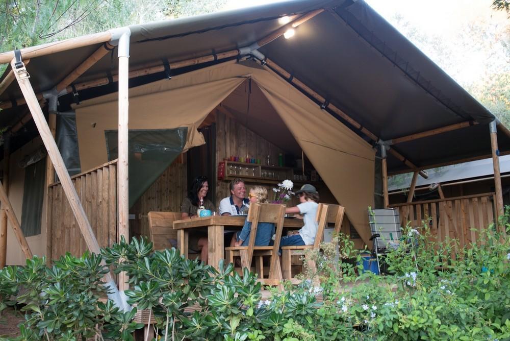 Wat is een Charme Camping in Italie - kleine boeren camping in Italie, Toscane, Elba - www.LuxeTentHuren.nl