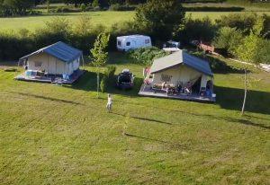 Camping La Maison Bornat Bourgogne - Safaritent met badkamer Frankrijk - Luxe Tent Huren - www.LuxeTentHuren.nl