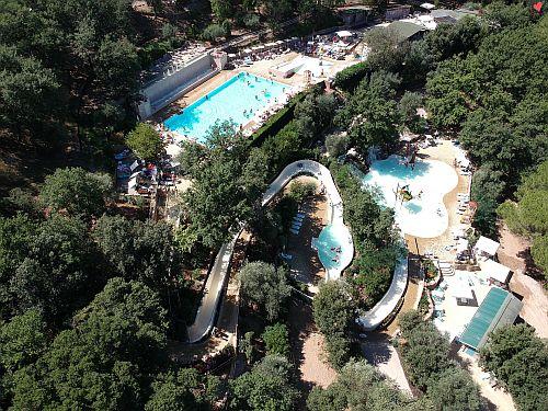 Vallicella Glamping Resort - Vallicella River zwembad - Glamping Toscane - www.LuxeTentHuren.nl