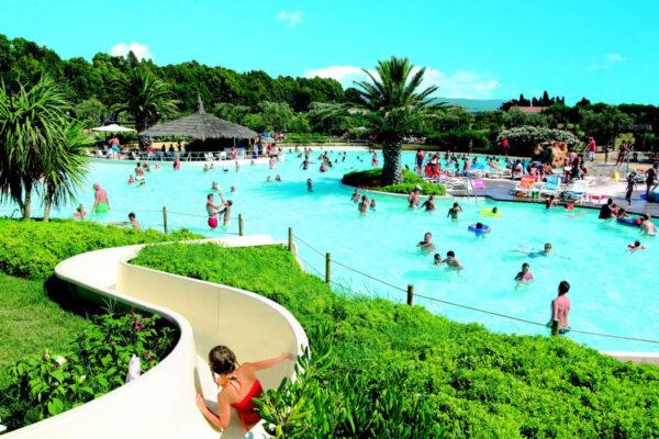 Camping le Capanne - Italie Toscane - zwembad glijbaan - LuxeTentHuren.nl